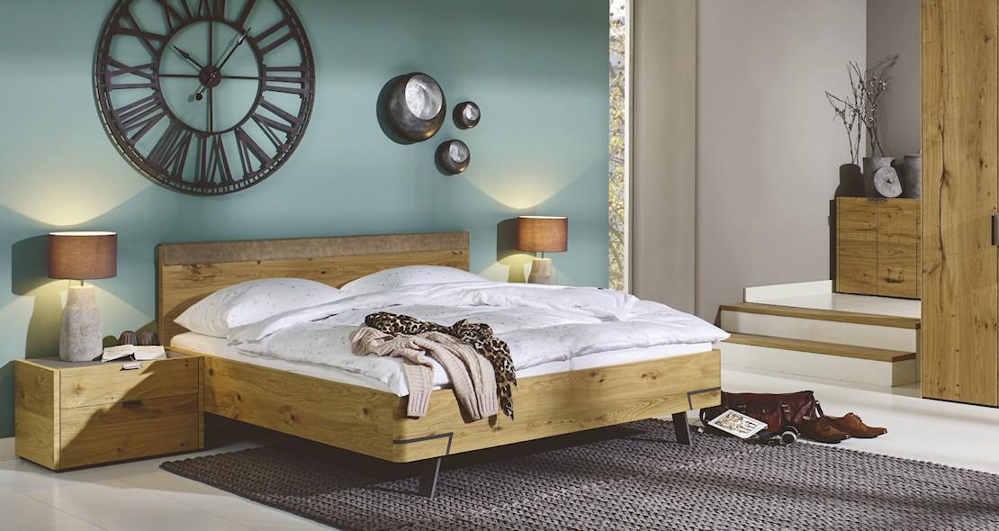 Chambre à coucher Hulsta Fena en chêne avec armoire 6 portes